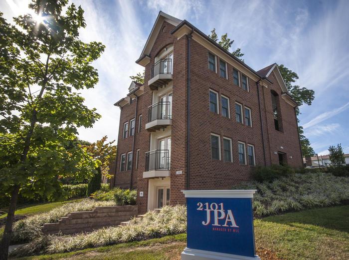 2101 Jefferson Park Apartments | 4 Bedroom Apartment for ...